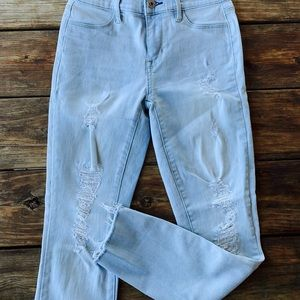 PacSun Jeans with small rips!!